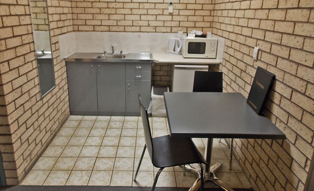 All rooms have a Kitchenette at the Cowra Crest Motel
